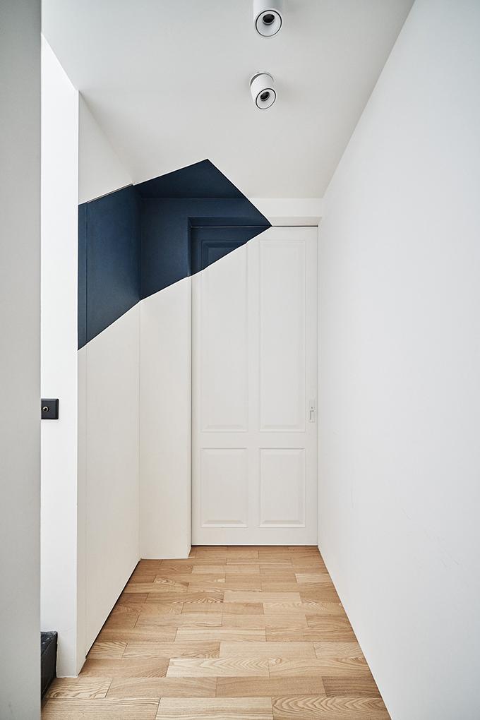 Ris Workspace by Ris Interior Design