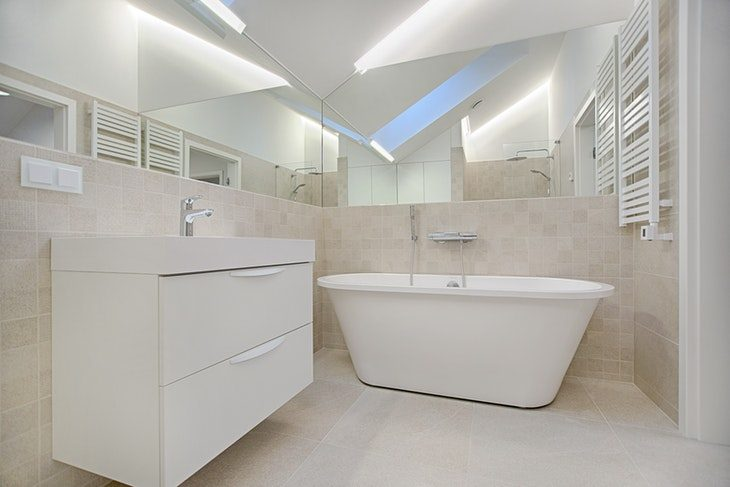 Hotel-Inspired Bathroom (2)