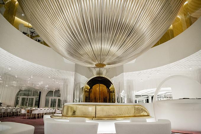 Alain Ducasse's miX Dubai by Clavel Arquitectos