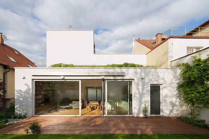 Family House in Zbraslav by Mimosa architekti