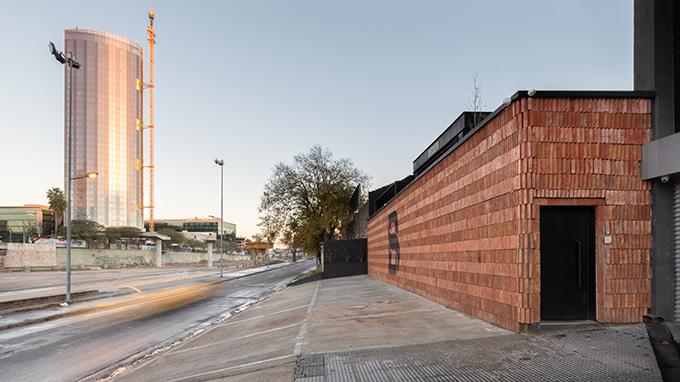 Oficinas Costanera by Estudio Montevideo + Pablo Dellatorre