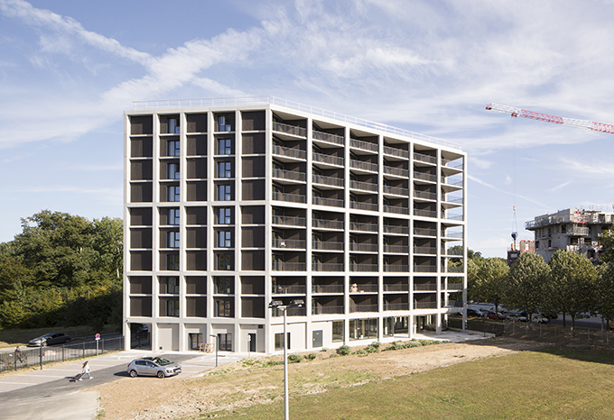 Student housings at Marne-la-Vallée by AVA architects