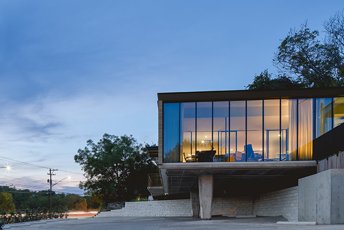 Austin's Mid-Century Cool Office Post Iconic Building Renovation by Mark Odom Studio