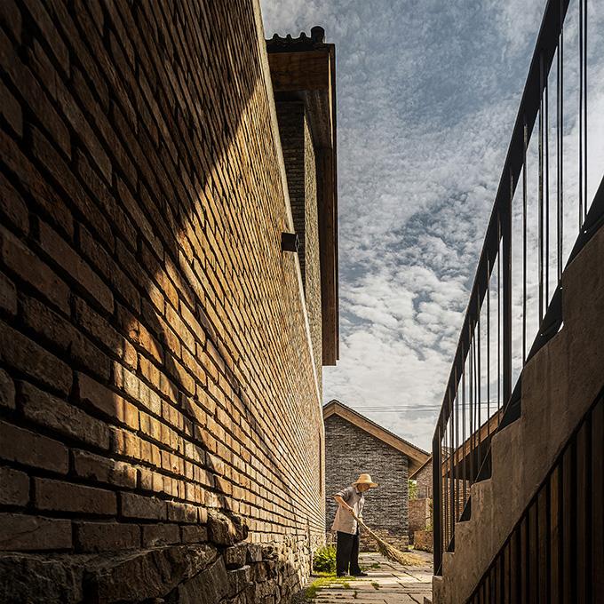 San Sa Village by llLab