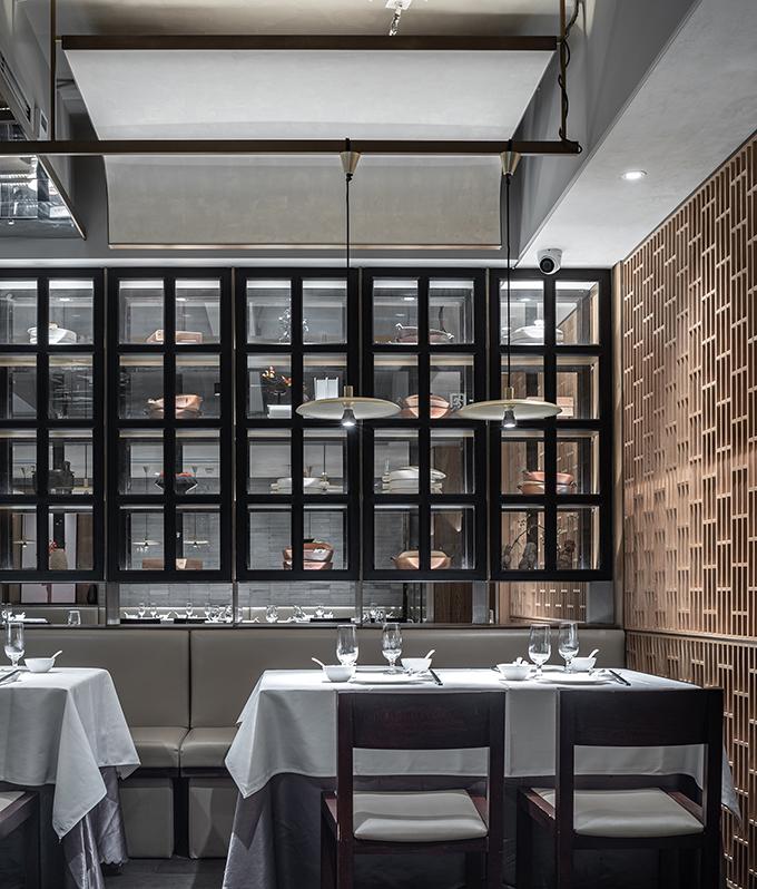 Siji Minfu Roast Duck Restaurant by IN • X