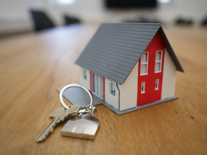 When to Hire a Real Estate Attorney 4 Times You May Need One