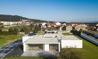 Galegos House by Raulino Silva Architect