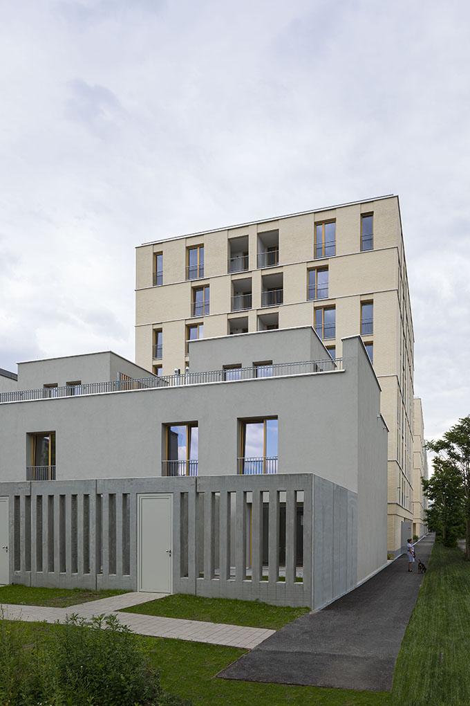 Vorgartenstrasse 98-106 by BEHF Architects