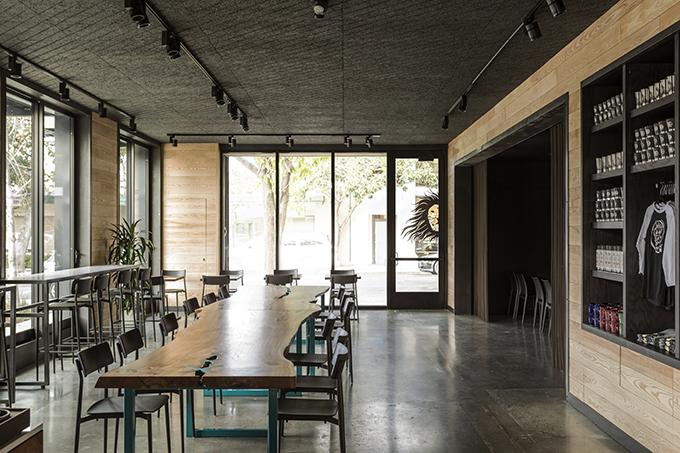Coffeebar by Walker Warner Architects and Nicole Hollis