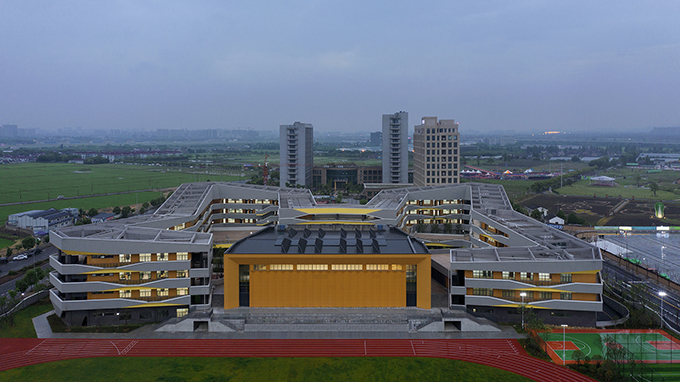 Yongjiang Experimental School by DC Alliance