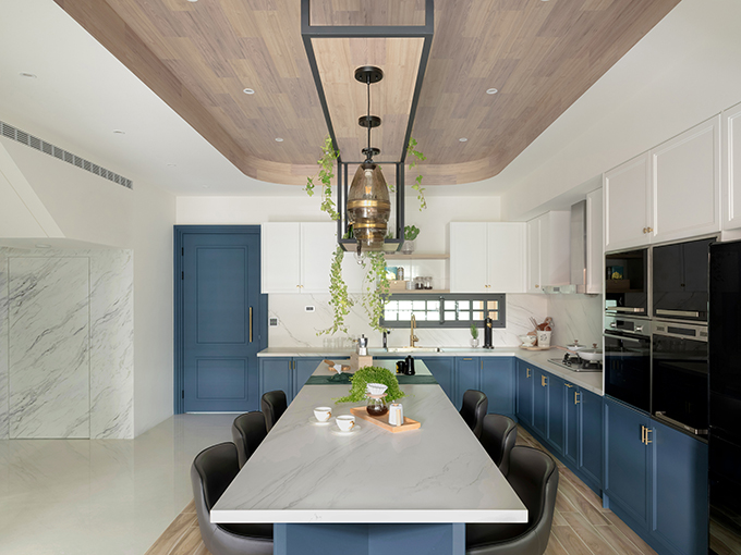 A Place in the Sun by Han-Yue Interior Design