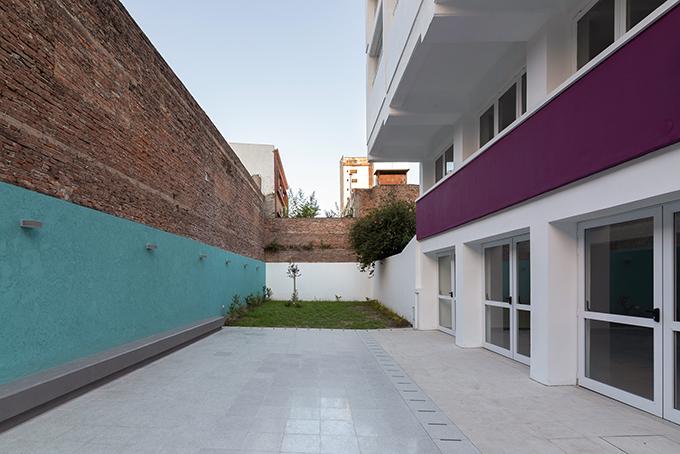Garden No. 1207 Dr. Sara Faisal by Estudio VIC