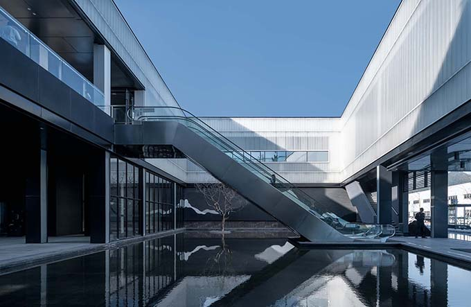 Leader Mountain Art Museum by HYP-ARCH