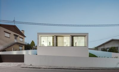 Touguinha House by Raulino Silva Architect