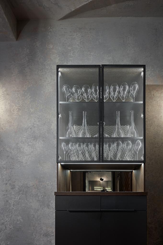Autentista Wine Bar by Formafatal
