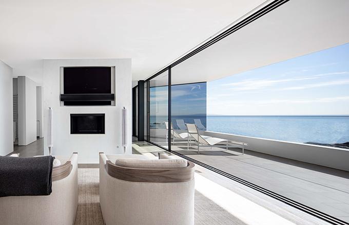 Taylor Beach House by SPFarchitects