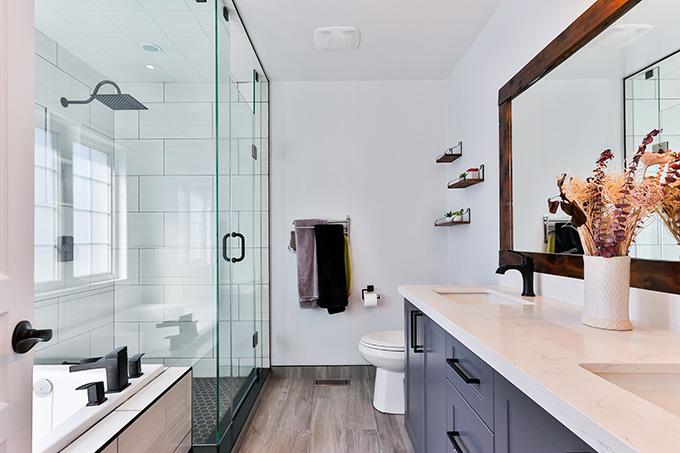 Interior Design Hacks to Breathe New Life into Your Bathroom