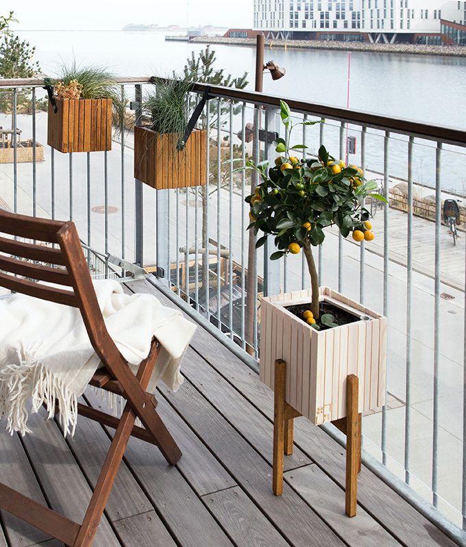 The Ultimate Guide to Transforming your Small Balcony into a Cozy Paradise