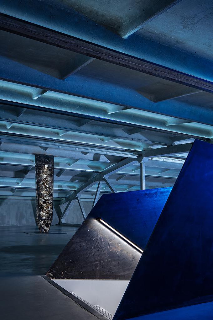 UTTER SPACE by CUN Design