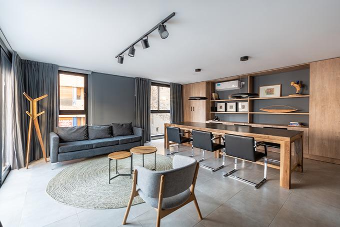 Oficinas Larrañaga 92 by PSV Arquitectura