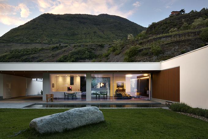 Villa GEEF by DAMILANO Studio Architects