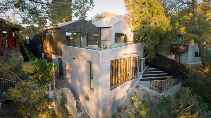 Canyon House by LOC Architects
