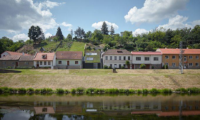 Family House in the River Valley by Kuba & Pilař architekti