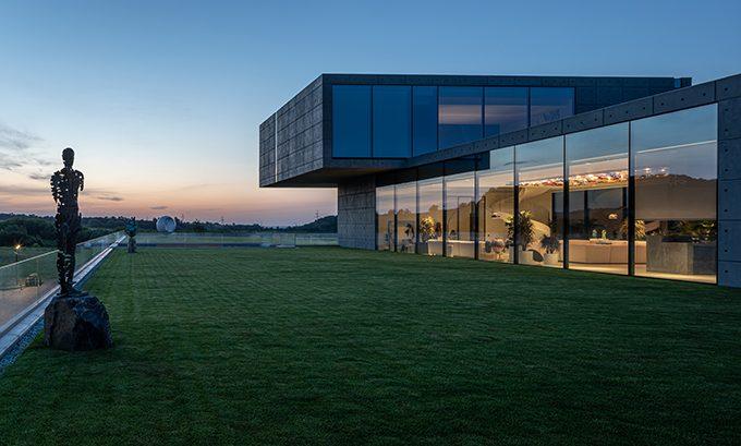 Futago House by Sergey Makhno Architects
