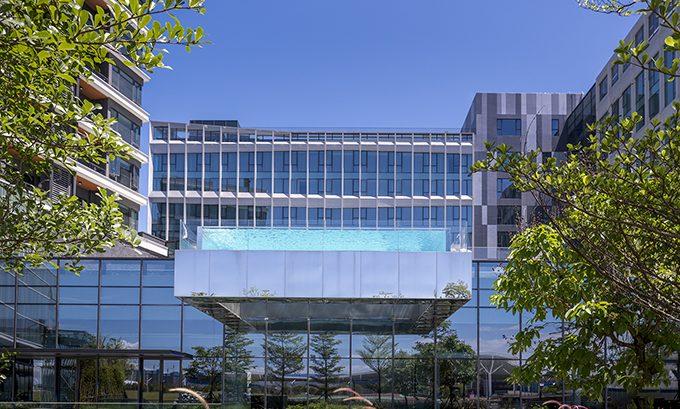 Crowne Plaza Shenzhen WECC by CCD / Cheng Chung Design
