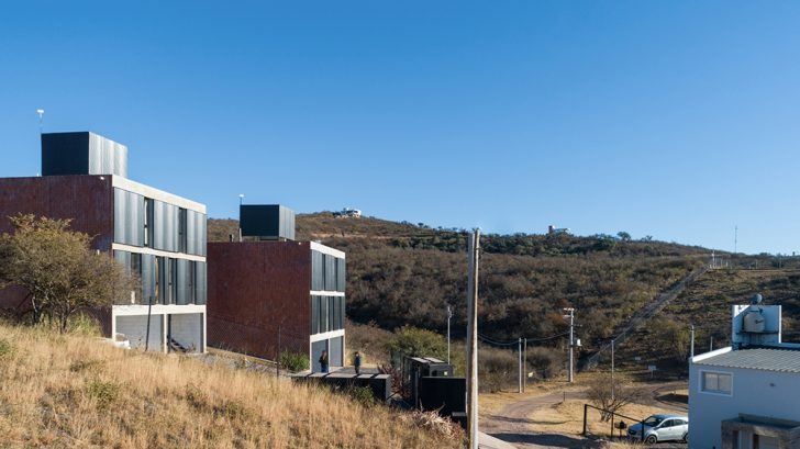 Housing LA HUELLA by Fanesi & Navarro Arquitectas