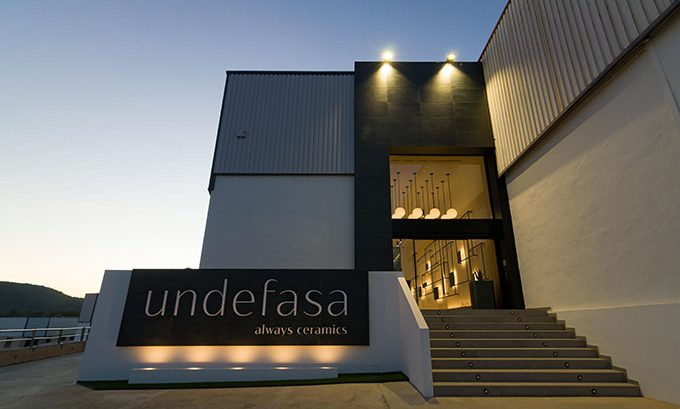 Undefasa Showroom by Vitale
