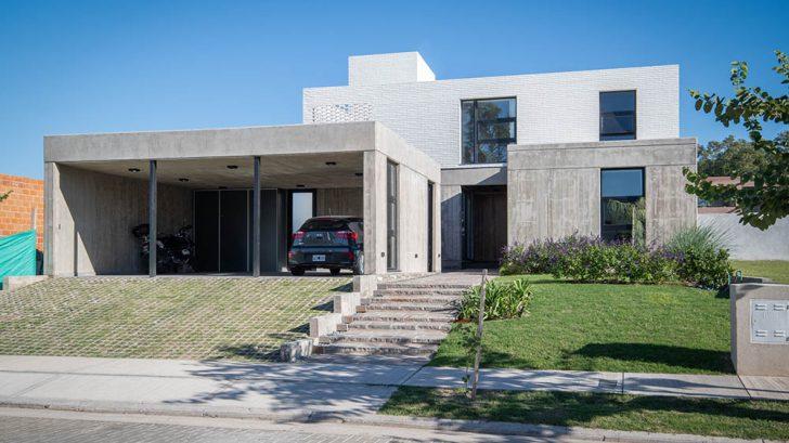 CASA LOP by Fanesi & Navarro Arquitectas