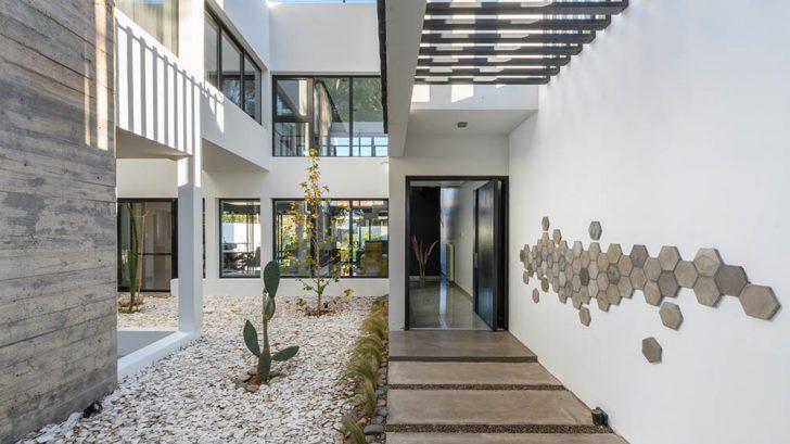 Casa MGM Santina Norte by CB arquitectas