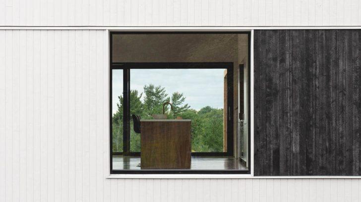 Saltbox Passive House by L'Abri