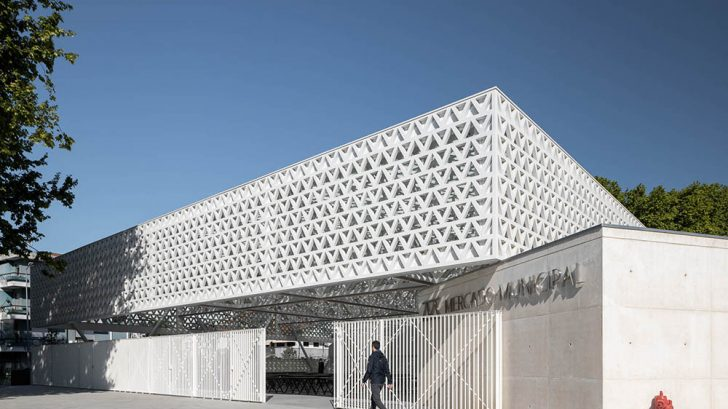 Discover the Renovation of the Municipal Market of Famalicão in Portugal by Rui Mendes Ribeiro