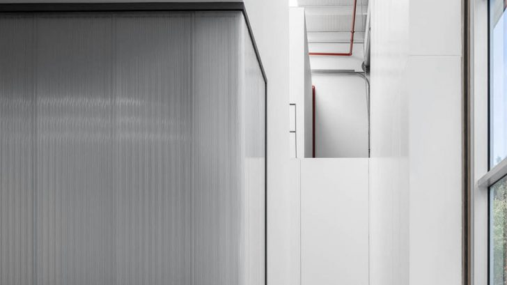 Take a Tour of This Minimalist Office designed by éOp – architecture and design