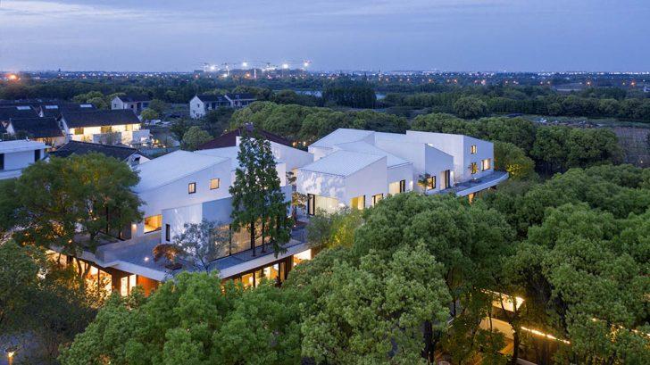 Take a Tour of the BAN Villa designed by B.L.U.E. Architecture Studio