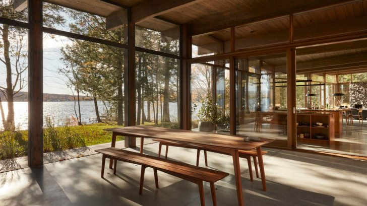 Take a Tour of the Brome Lake Residence designed by Atelier Pierre Thibault